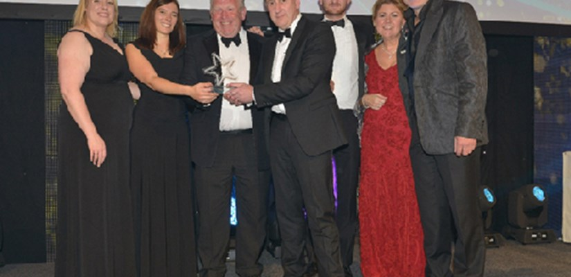Members of the Skanska team collected the award together with Fiona Daly (Head of Sustainability at Barts Health NHS Trust), Julie Kortens (Chairman of BIFM) and Simon Evans (comedian and host)