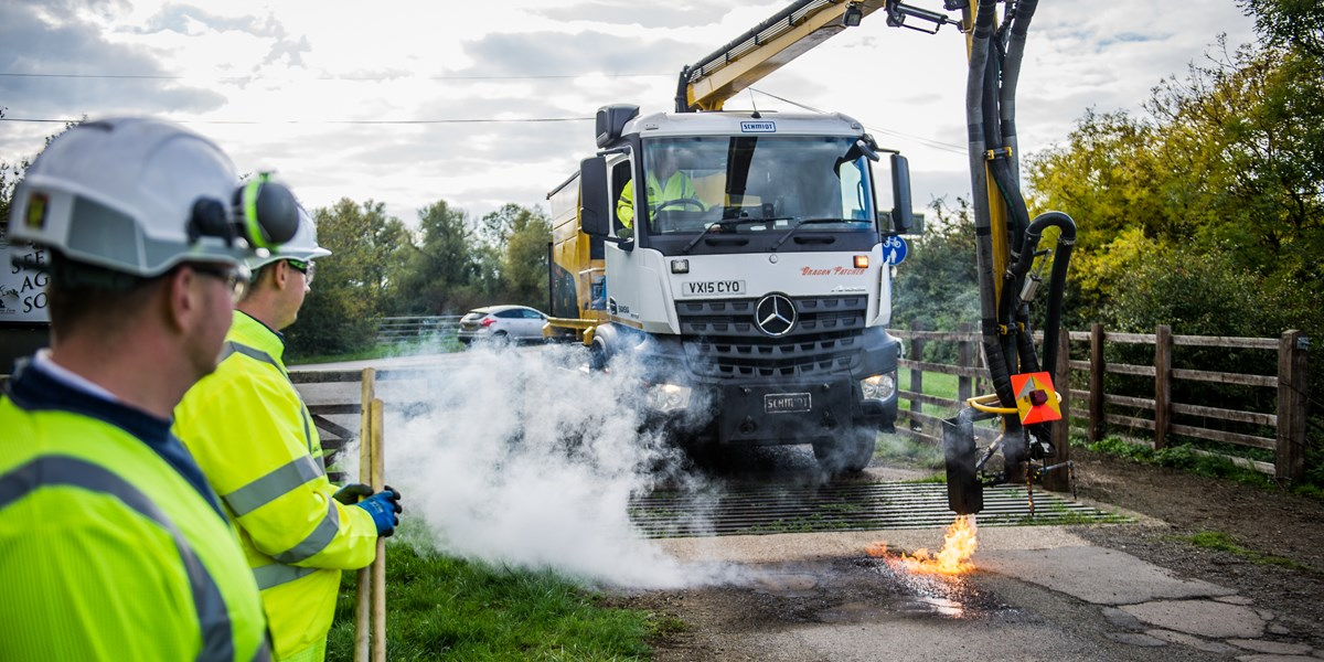 Second pothole repairing machine coming to Oxfordshire | www skanska