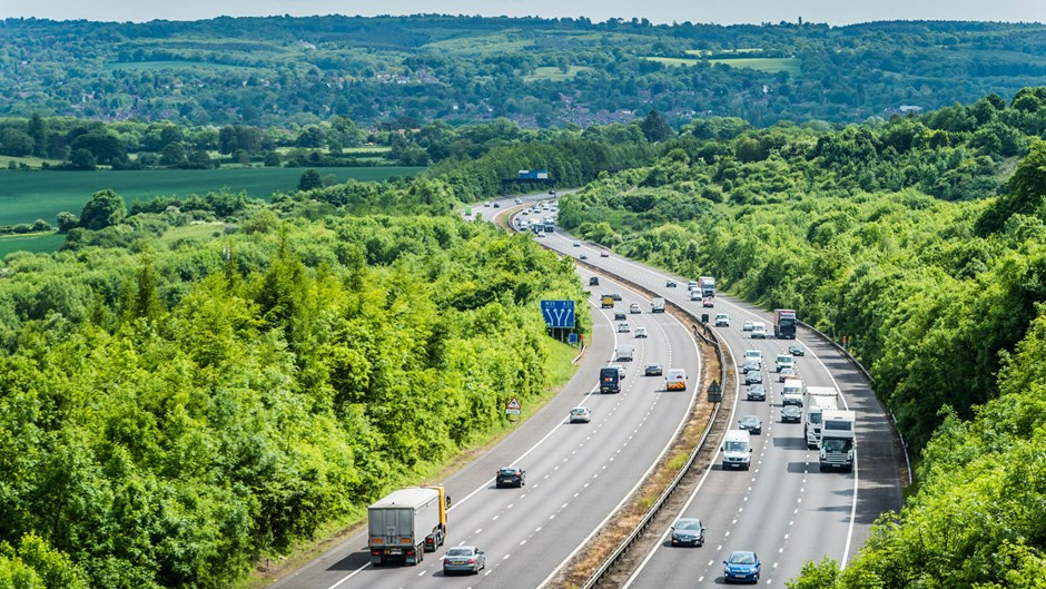 M25-widening-approaching-junction-5-clockwise-in-Kent