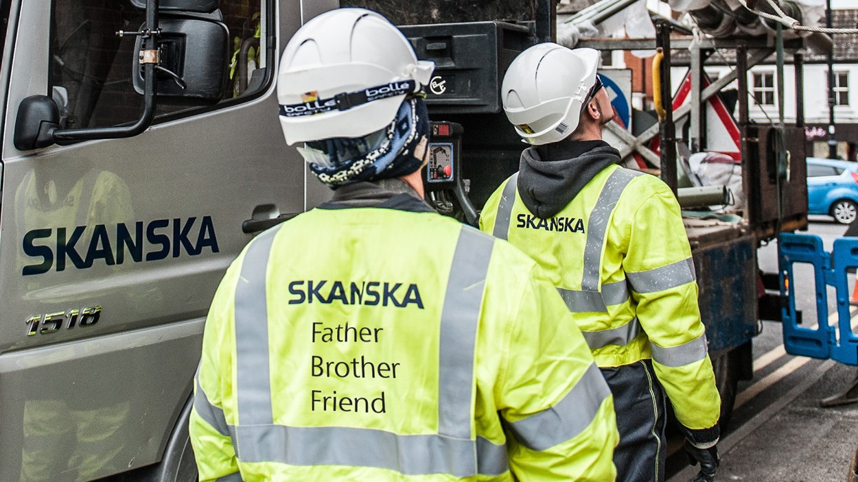 Father_Brother_Friend_Skanska_Hi_viz_jacket