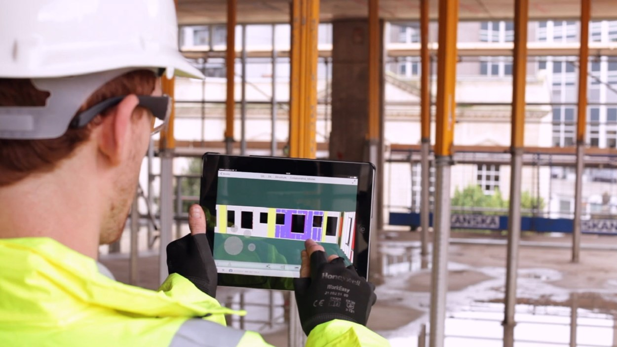 on-site-using-ipad-bim